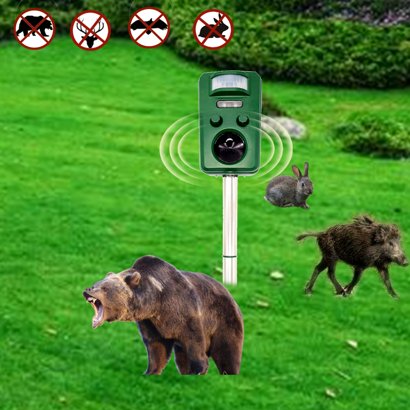 Ultrasonic Animal Repeller with LED flash
